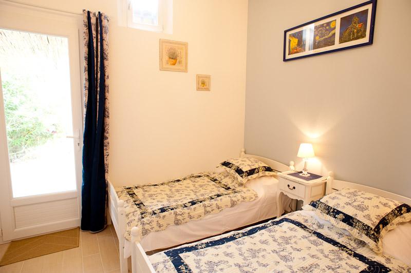 Chambre bleue (annexe)/blue room