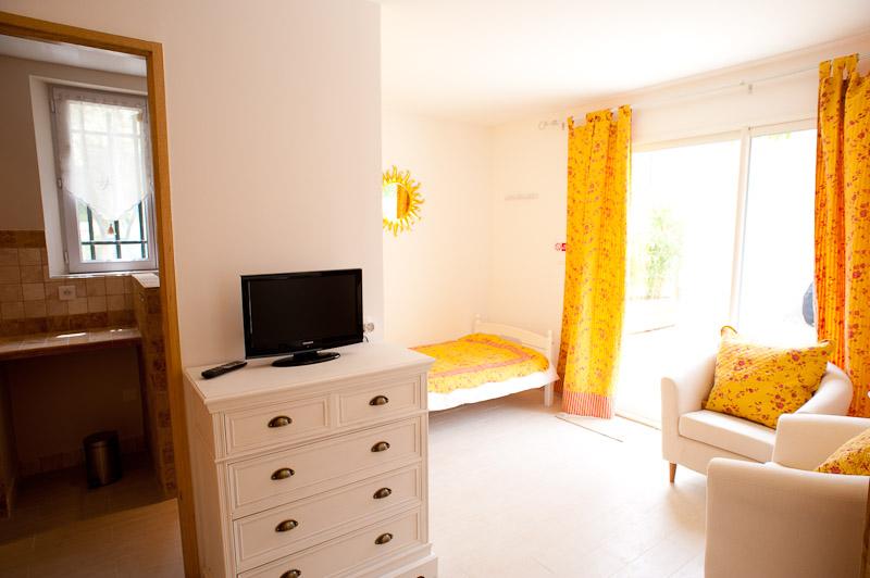 Chambre jaune (annexe)/yellow room