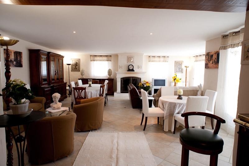 Salle à manger/dining room